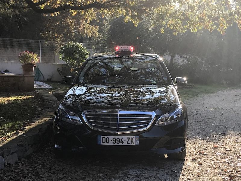taxi nans les pins